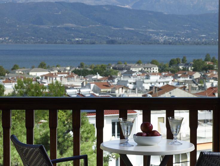 Ταξιδέψτε στα Ιωάννινα και στο Grand Serai Congress & Spa Hotel για την 25η Μαρτίου, και πάρτε μια γεύση άνοιξης πριν τις διακοπές του Πάσχα!