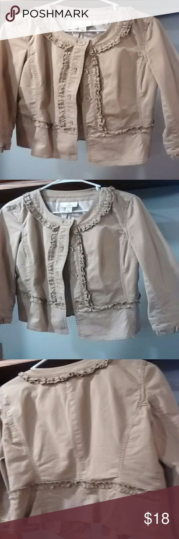 Ladies Casual Jacket Kaki and ruffles, perfect for any occasion!  Anne Taylor Loft. Ann Taylor Jackets & Coats