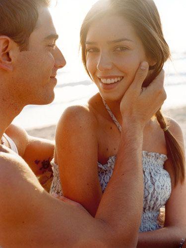 Best Flirting Tips for Girls - How to Flirt with Guys