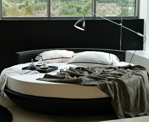 LoveBoat di DOM Edizioni #loveboat #round bed #luxury living