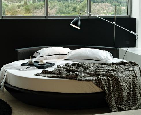 LoveBoat di DOM Edizioni #loveboat #round bed #luxury living
