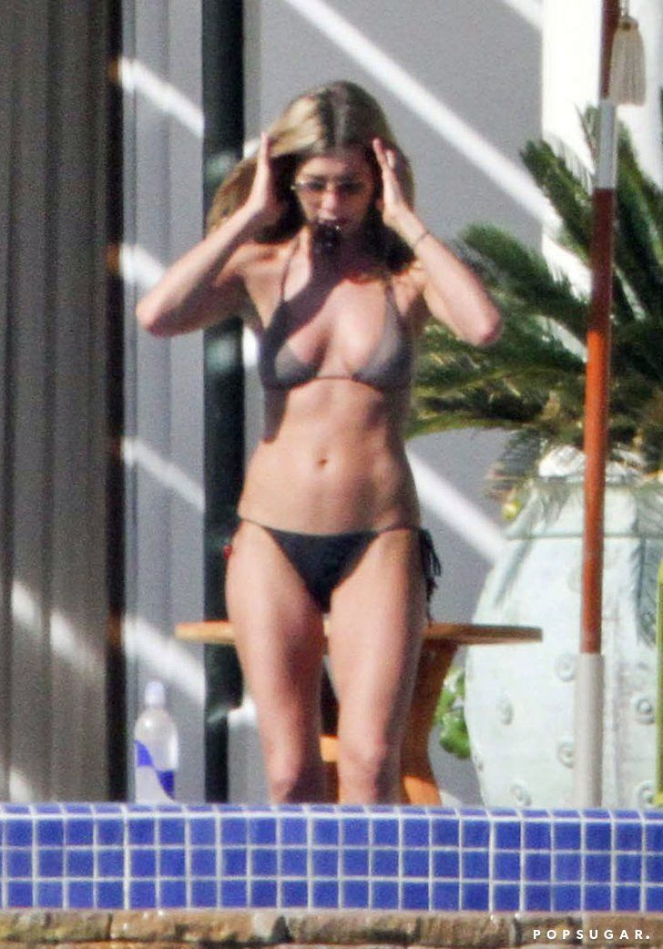 Pin for Later: 65 Sexy Stars in Bikinis! Jennifer Aniston