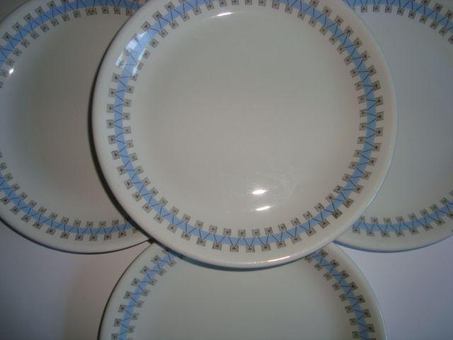 """RÖRSTRAND """"Combi"""". #rörstrand #combi #swedish #design #retro #dinnerware #plates #tallerkener #svensk #forsale #sælges. on www.TRENDYenser.com."""