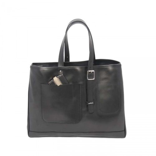 http://shop.billamberg.com/east-west-tote-leather/ The Hunter leather tote is realised in veg tanned bridle and unlined, the leather will soften and take on a wonderful patina over time becoming part of you. Externally there is an adjustable carry handle and two simple pockets for a phone or other essentials. This leather can mark and this should not be seen as a defect it is a natural product. These bags are handcrafted in England.