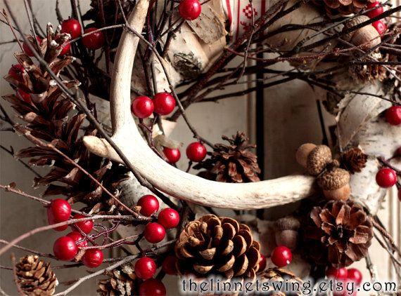 Corona di solstizio Antler Wreath  Holiday di TheLinnetsWing, $78.00