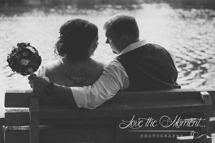 Wedding and lifestyle artistic Photographer serving Durham Region, GTA and and Surrounding Areas.  Browse through local Weddings, unique Engagements and fun Family sessions. Contact me to book today!