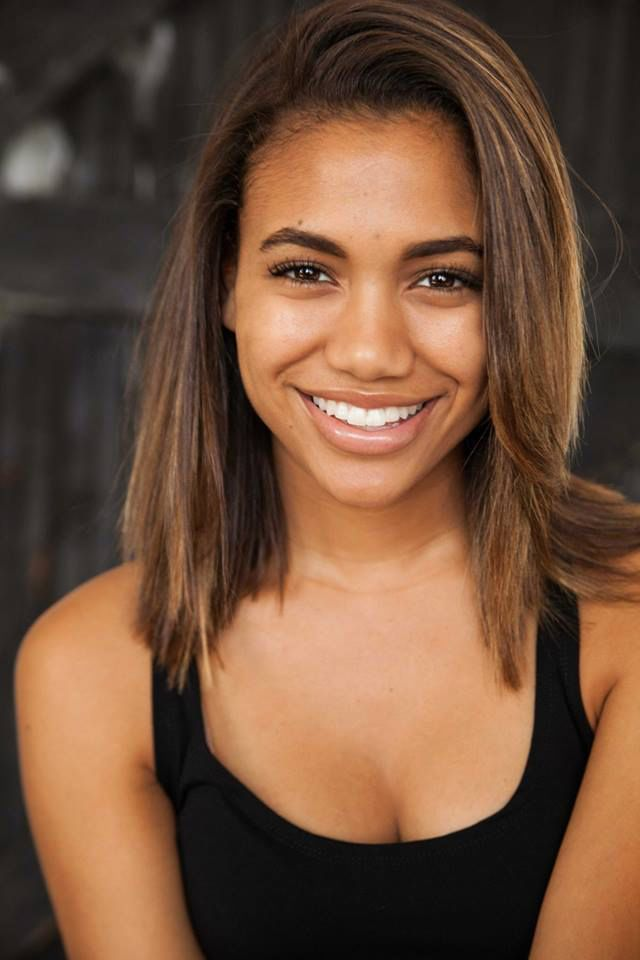 Paige Hurd Nude Photos 41