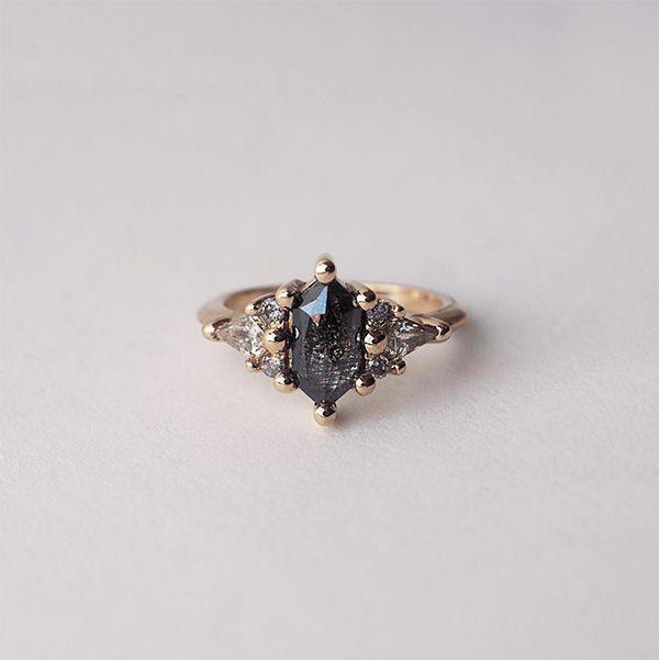 22 Engagement Rings to Make You Say YES! #engagementrings #proposal #gettingengaged #weddingring