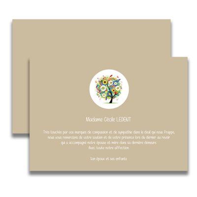 Carte de deuil neutre pour remercier après un décès. Très jolie présentation avec un arbre sur fond beige, cette carte de remerciement de décès vous permettra d'exprimer votre gratitude envers toutes les personnes vous ayant fait part de leurs condoléances.