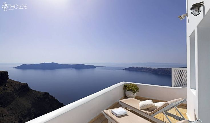 Who can get enough of this marvelous Greek sunshine? More at tholosresort.gr