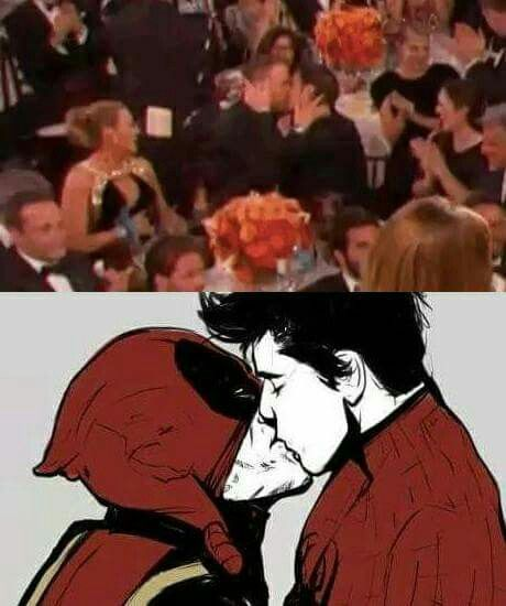 Ryan Reynolds kissing Andrew Garfield at the 2017 Golden Globes after they lost the award to Ryan Gosling. Spideypool for the win lmao