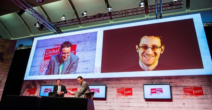 """Cebit 2017: Edward Snowden erklärt, was """"America first"""" für deine Daten bedeutet http://t3n.de/news/cebit-2017-edward-snowden-793234/"""