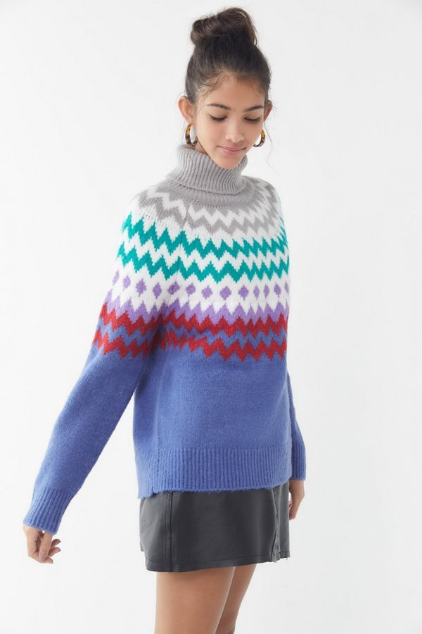 abc38f298bf3 Slide View  4  Finley Chevron Turtleneck Sweater
