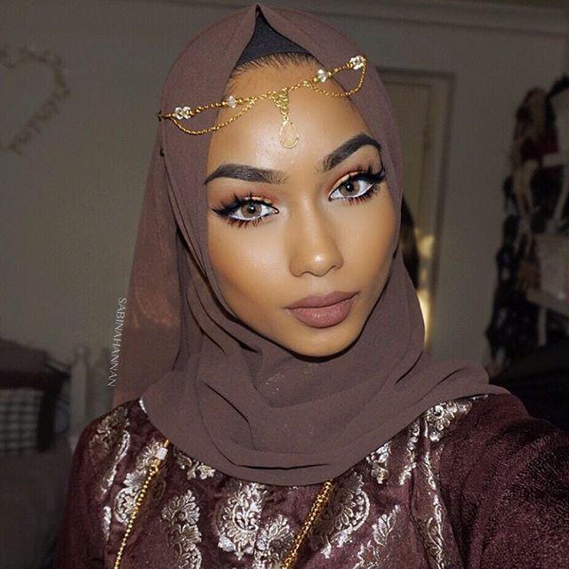 Rocking our new Stretch Georgette Wrap in Stone! #hijab #fashion #hijabfashion #modestfashion #ootd