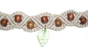 Natural Bracelet: cool site for learning different macrame knots!