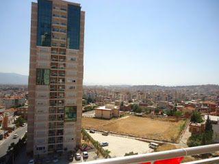 Real Emlak: İzmir Bornova Yelken Park evlerinde