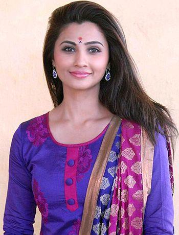Jai Ho girl Daisy Shah generated curiosity among fans! - http://www.bolegaindia.com/gossips/Jai_Ho_girl_Daisy_Shah_generated_curiosity_among_fans-gid-37088-gc-6.html