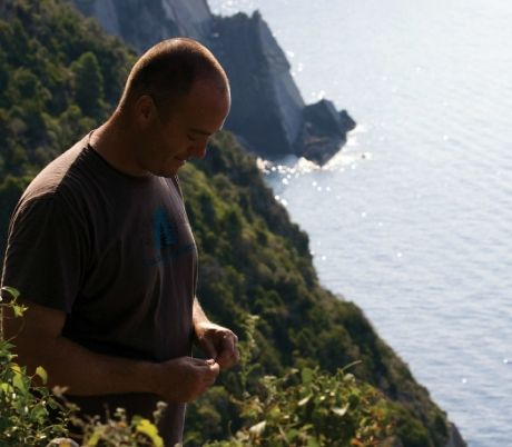 The story of how VENDEMMIA was made, published in Italy Magazine: http://www.italymagazine.com/featured-story/vendemmia-documentary-about-sustainable-tourism-cinque-terre