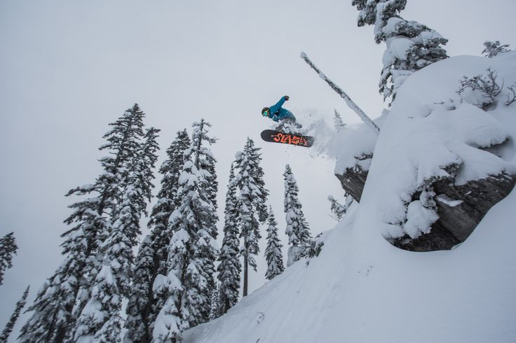 Timber Bowl - Plenty of easier ways to make your way into Timber Bowl. Tombstone is one of the more head turning methods. Rider: James Hyland. Photo: Vince Mo (www.mofotophotography.com)