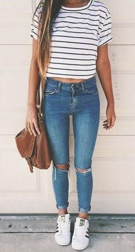 teen style. stripes + skinny jeans.