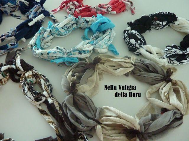 Riciclo creativo: Le rotoline - nuove collane con vecchie magliette o avanzi di fettuccia