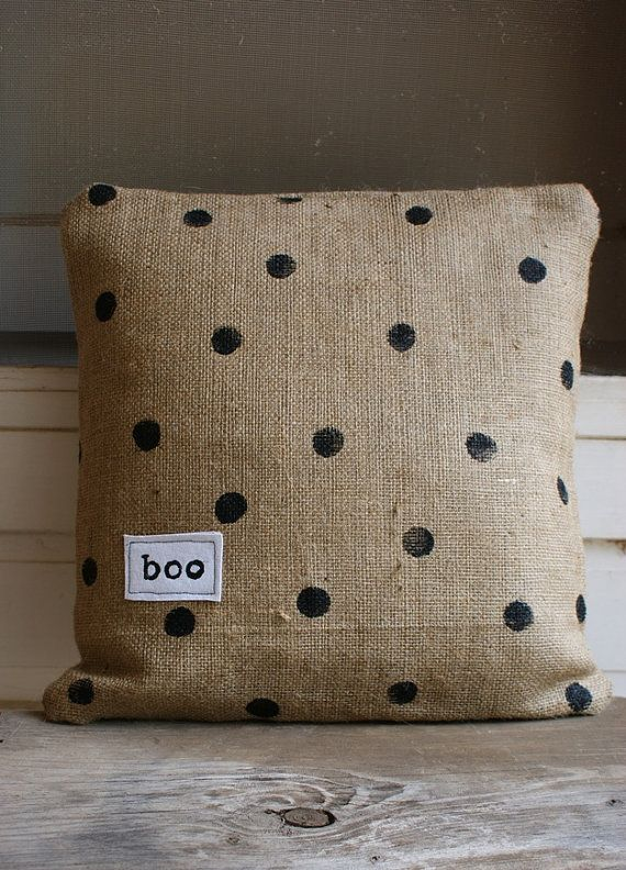 burlap pillow.