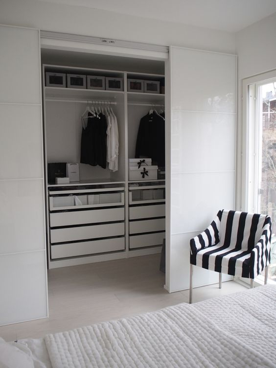 Ikea Pax Kastenwand.Ikea Pax Kasten Inspiratie Slaapkamer In 2019 Closet Bedroom