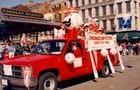 attend the cincinnati reds opening day parade.