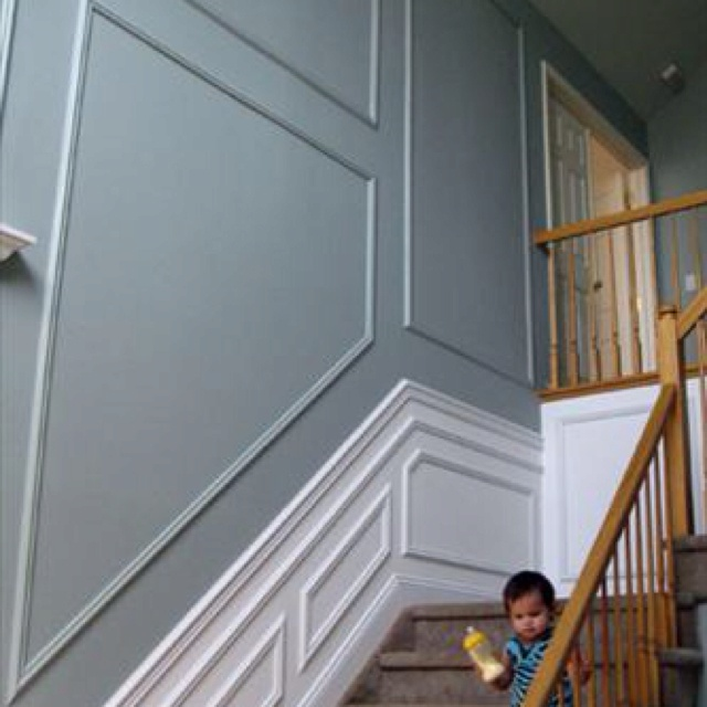 Grey Panelling Under Stairs: 1000+ Images About Wainscoting Ideas On Pinterest