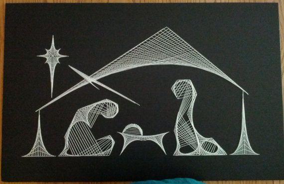 Tekenreeks kunst kerststal. Item is hand geregen op zwarte schuim bord met gehaakte draad. Voltooide grootte is 28 x 18. Item is ingelijst.