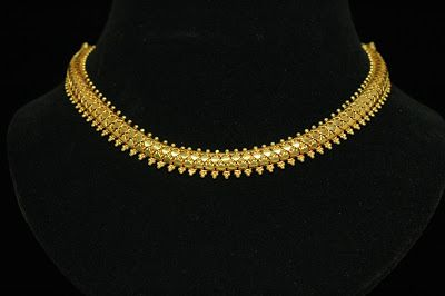 choker_necklace_270_full_view.jpg 400×266 pixels