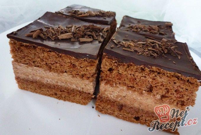 Výborný čokoládový zákusek