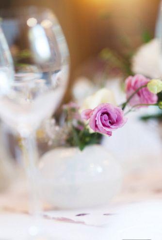 Wedding flowers decorations.  www.maniaevent.pl