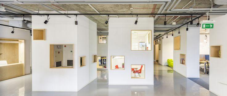 Gallery - DECERTO / MOKO Architects + MFRMGR - 1