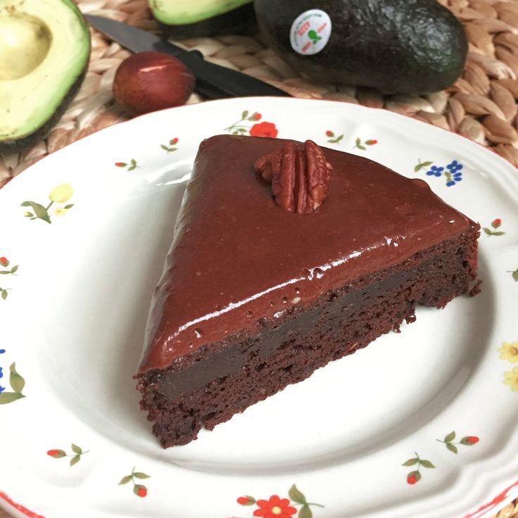Tant pour le goût que pour la texture, le mariage chocolat + avocat = IMBATTABLE !