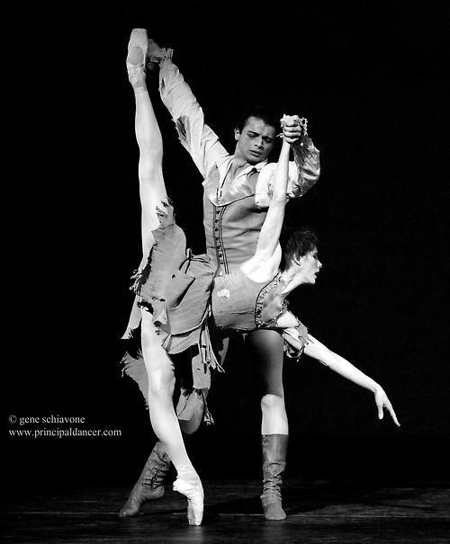 "Darcey Bussell and David Makhateli, ""Manon""  (c) Gene Schiavone"