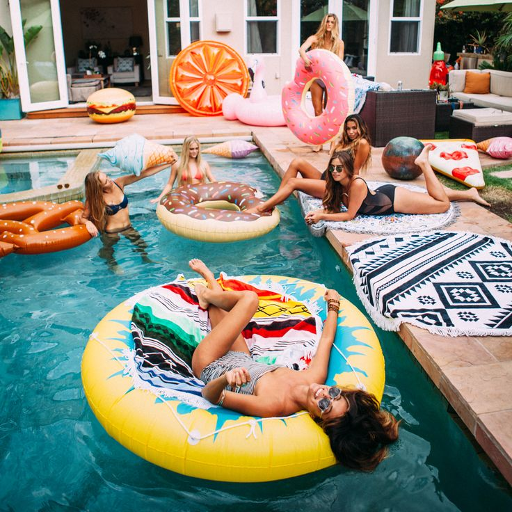 Pin by Mari on pool party lol ‍ | Pinterest | Summer photography, Summer and Friend pictures