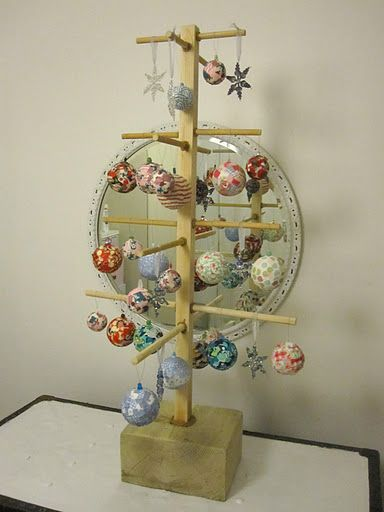 bauble display tree for market stall