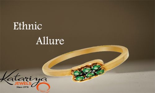 Intense Gold Ring with green stone in 22Kt Buy Now : http://buff.ly/1NVYUOj COD Option Is Available With Free Shipping In India