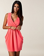Wrap Tie Front Dress - Closet - Neon pink - Dresses - Clothing - NELLY.COM Fashion on the net