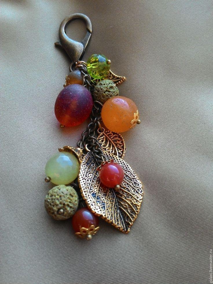 Купить Подвеска на сумку Осенний сад