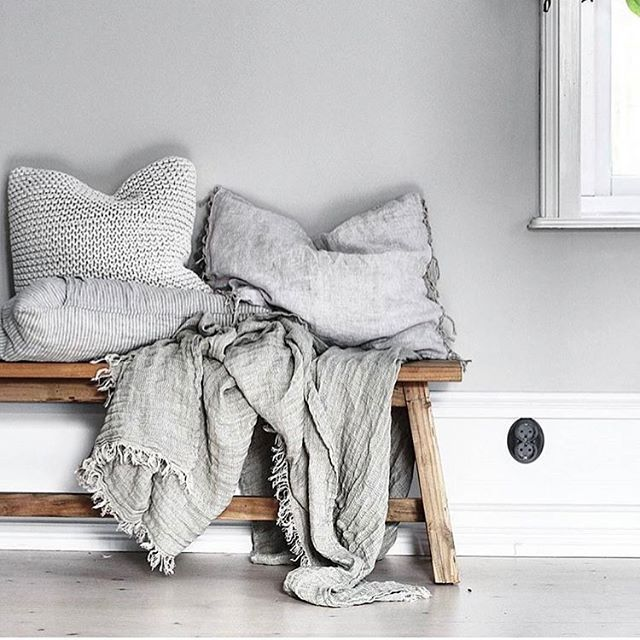 Scandi style from @lenalidman85 in wonderful Sweden with a dash of HMCo stripe and Crush linen throw