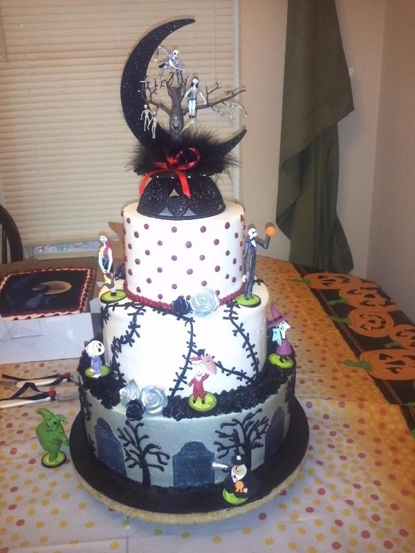 Nightmare Before Christmas Wedding Cake | Beautiful cakes!! | Pintere ...