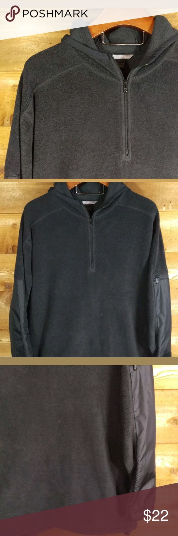 "Nike Fleece Hoodie Generous Fit Mens Sz. L Nike Pullover Black Hoodie with a comfy loose fit. Excellent condition. Smoke free.  2 front zipper pockets, zipper pocket on sleeve   100% Polyester   Size L  Chest 27"" across Sleeve 32""  Length 31""  ST2 Nike Shirts Sweatshirts & Hoodies"