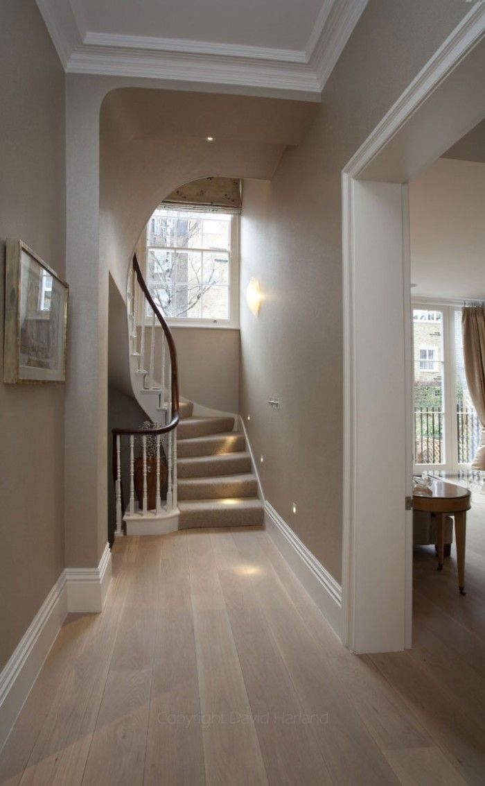 Brunswick Gardens - Haines Phillips Architects - RIBA Chartered Architects, London .    LIGHT WOOD FLOORS WITH CLEAN LINES AND GRAIN