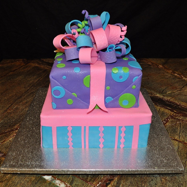 62 best gift box cakes images on pinterest gift box cakes boxed square gift box cake by ari bakes cakes via flickr negle Images