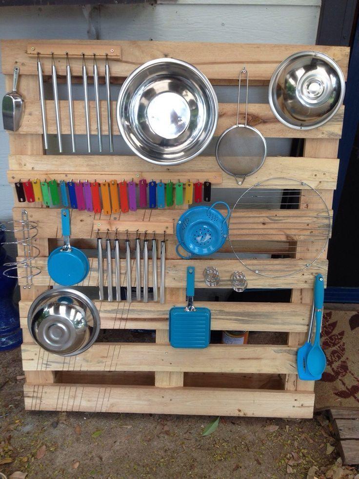 Toddler Pallet Music Wall DIY   Kooky Kronks