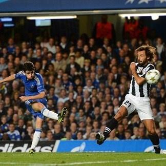 Gol de Oscar en el encuentro del Chelsea ante Juventus (2-2)