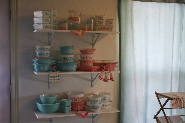 More PyrexVintage Kitchens, Vintage Glassware, Vintage Life, Pyrex Display
