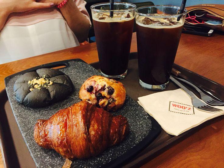 Woo'z Bakery in Daegu / Jun 26, 2016 / #Korea #Daegu #한국 #대구 #신천동 #베이커리 #빵집 #Cafe #카페 #크루아상 #스콘 #아메리카노 #croissant #scone #americano #디저트 #dessert
